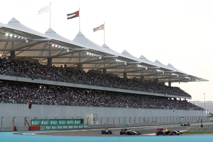 wide-shot-south-grandstand-yas-marina